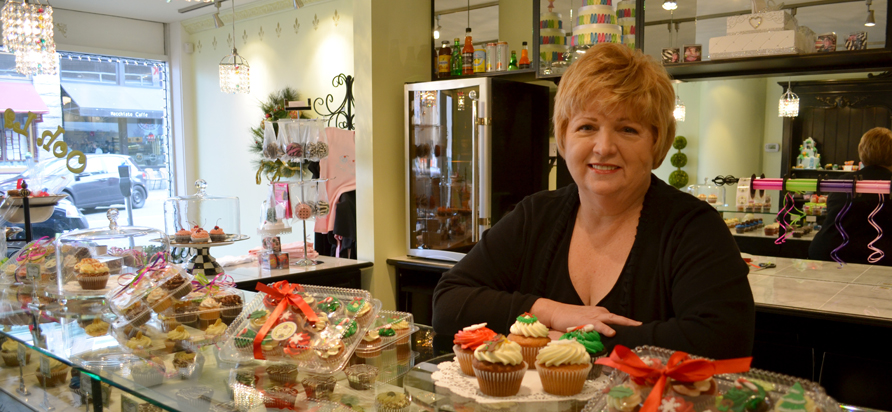 Sherryl Andrews of Ooh La La Cupcakes. Photo by Ellie Shortt