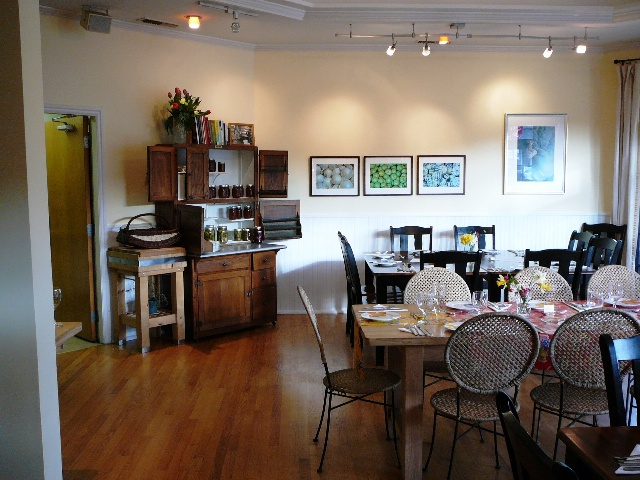 The New Dining Room at Bruce's Kitchen