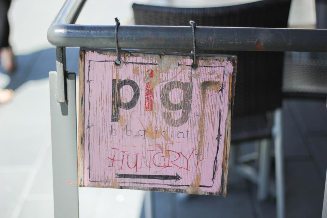 Pig Sign (1)