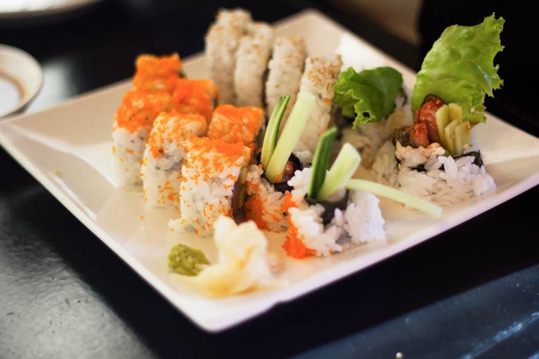 sen-zushi-tuna-roll-2