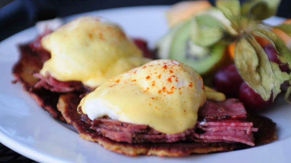 Montreal Smoked Meat Eggs Benedict