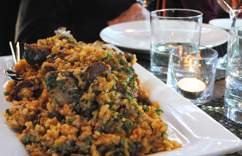 Oyster paella