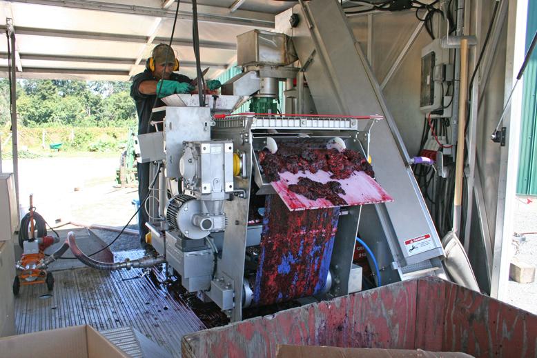 gobind-farm---juicing-machine-1