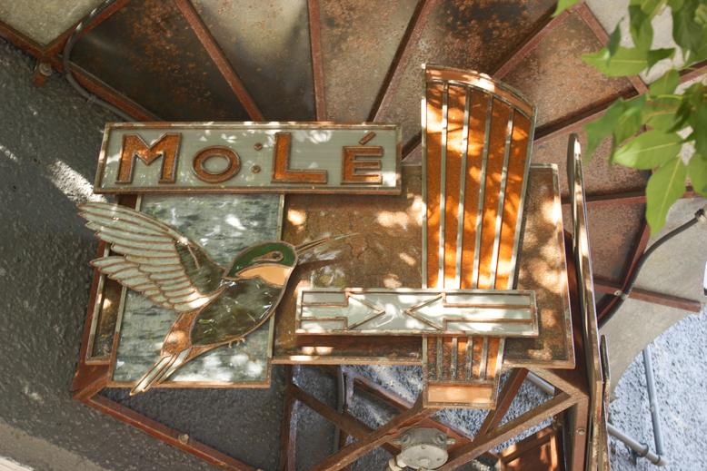 MoLe`