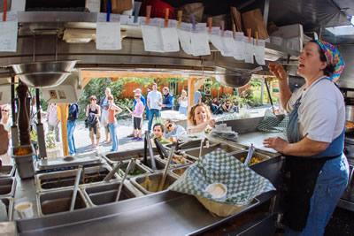restaurant-in-the-kitchen